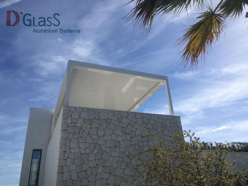 Cierre de terraza con pergolas bioclimaticas