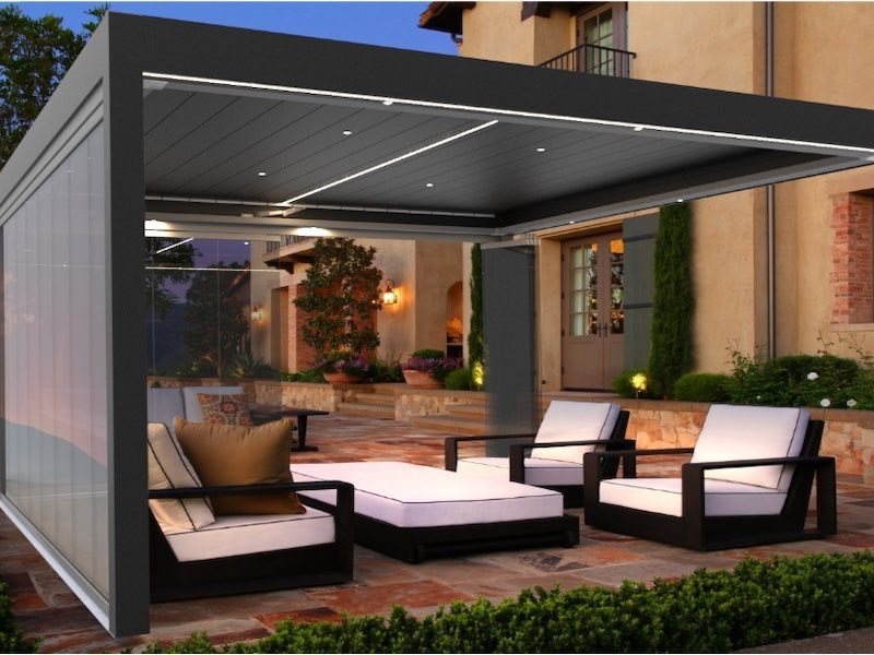 Cierre para la terraza con pergolas bioclimaticas