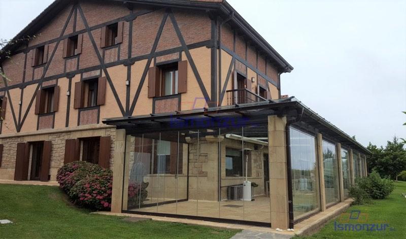 Ideas para un cierre de terrazas en tu hogar
